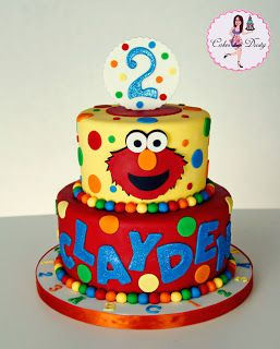This 8 Inch Round Birthday Cake Is For A Little Lady Who Loves Elmo Its Strawberry With Chocolate Cream Filling And Buttercr