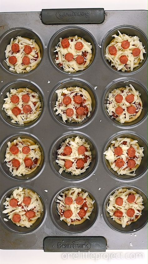 These deep dish mini pizzas are SO EASY to make and they taste amazing!! They make a great lunch, dinner or you could even serve them as an appetizer! Make them with your favourite toppings to satisfy even the pickiest of eaters!