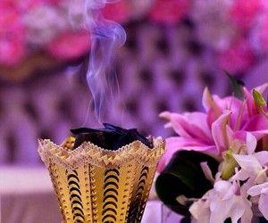 18 Images De Incense بخور Sur We Heart It Voir Plus De Incense Bukhoor Et Arab Girly Pictures Arab Swag Perfume Scent