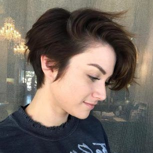 Short Side Haircuts Female Latest Hairstyles 2020 New Hair Trends Top Hairstyles Girls Short Haircuts Hair Styles Short Hair Styles
