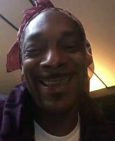 Snoop Dogg, Meme Pictures, Reaction Pictures, Meme Faces, Funny Faces, Whats Wallpaper, Music Cover Photos, Response Memes, Reaction Face