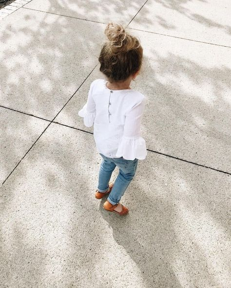 Be sure your clothes fit properly. Needless to say, you would like to choose clothes that are made out of pure cotton, ideal for delicate skin of babi...