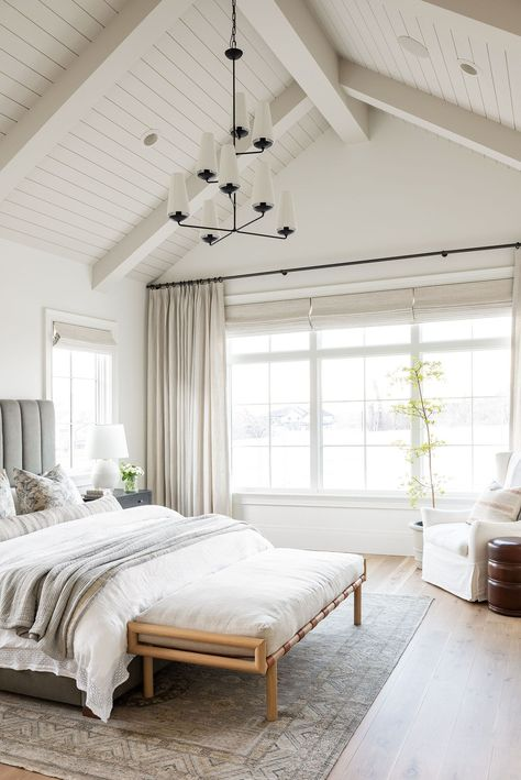 Fresh Farmhouse, White Farmhouse, Modern Farmhouse, Farmhouse Style, Studio Mcgee, Bedroom Photos, Futuristic Furniture, Wall Treatments, Great Rooms