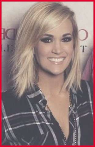 Pin By Tore Duncan On Hair In 2020 Carrie Underwood Hair Carrie
