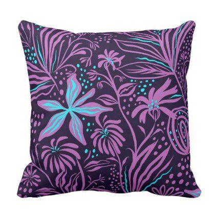 Sierkussen Flower Art Purple Outdoor Pillow Zazzle Com Throw