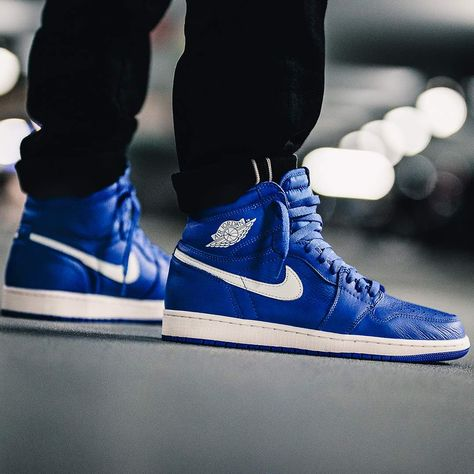 sale retailer bc613 ea9bd Release Date   July 7, 2018 Air Jordan 1 Retro High OG « Hyper Royal »  Credit   43einhalb