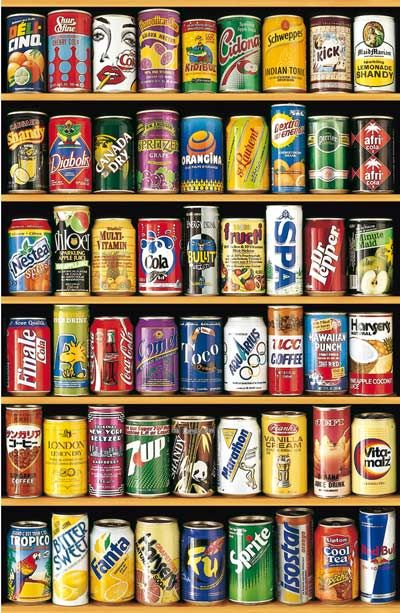 This 1500 piece jigsaw puzzle features a collection of older styles of cans from Canada Dry to Gatorade to Déli-Cinq.