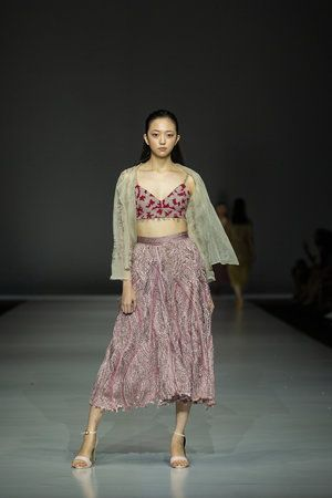 Up Cycled Embroidered Bustier And Braided Skirt Made With Damaged Silk Thre Emerging Designers Fashion Sustainable Fashion Designers Fashion Design Competition