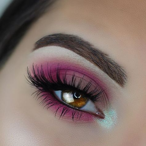 "@anastasiabeverlyhills Modern Renaissance Palette. (Buon Fresco, Venetian Red, Love Letter). ""Chocolate"" Dip Brow. ""Darkside"" Waterproof Gel Liner @nyxcosmetics ""Hot Fuchsia"" and ""Hot Pink"" Primal Colors Eyeshadow. @sugarpill ""Lumi"" Loose Shadow @ardell_lashes Double Up 207s"