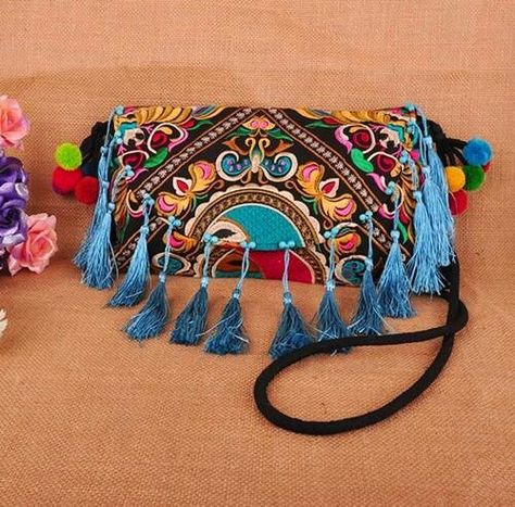 Super sale ~ Purse ~ key ring ~ hand embroidered ~ Istmo of Tehuantepec