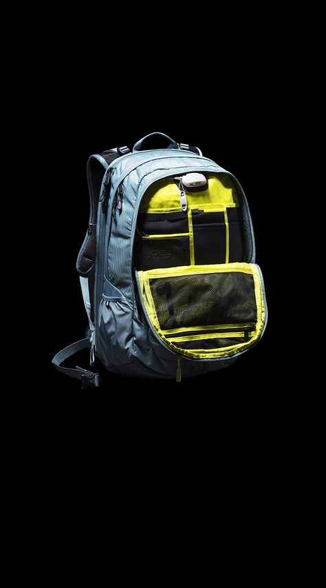 ROUTER CHARGED DAYPACK.