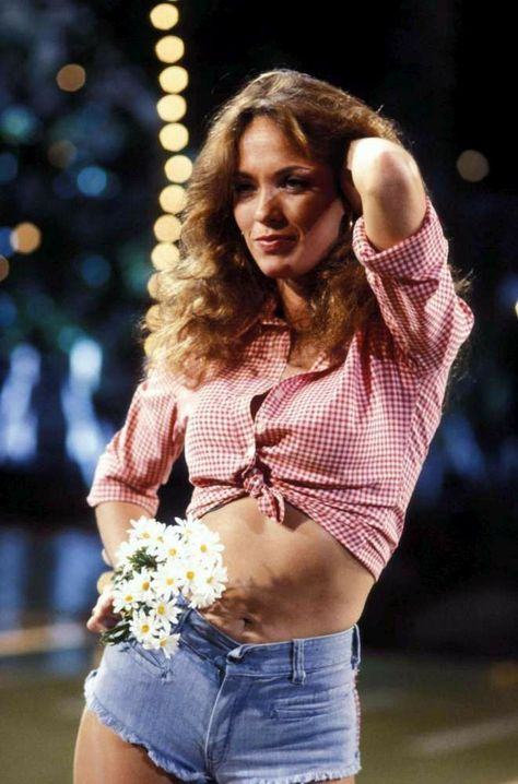 Catherine Bach Pictures from Imagecollect. Get Catherine Bach Photos. Dukes Of Hazard, Hottest Female Celebrities, Beautiful Celebrities, Beautiful Women, Daisey Dukes, Daisy Duke Shorts, Catherine Bach, Movies And Series, Tv Series