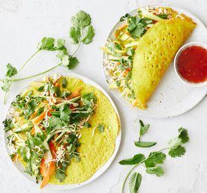 Banh Xeo Vietnamesiske Pandekager Opskrift I 2020 Banh Xeo Aftensmad Og Vegetarisk