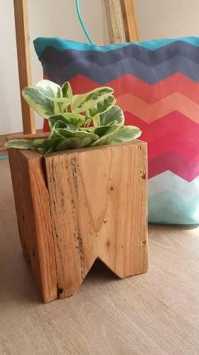 maceta de madera - centro de mesa / decoración | macetas | Pinterest ...