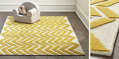 Yellow Chevron Rug Series Of Diagonal Lines Follows A Consistent