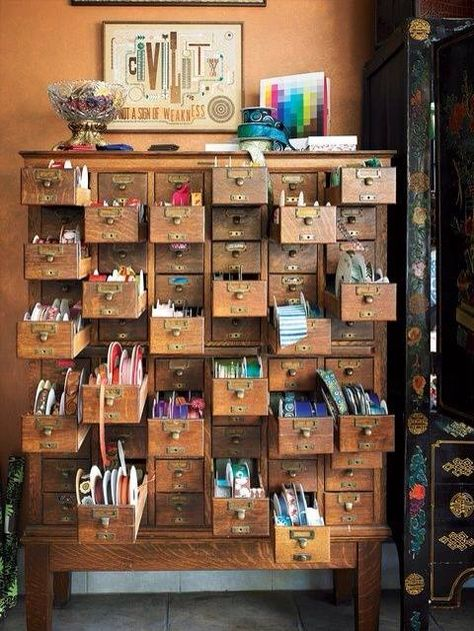 Atelier--what I wouldn't give for one of these old card catalogues!