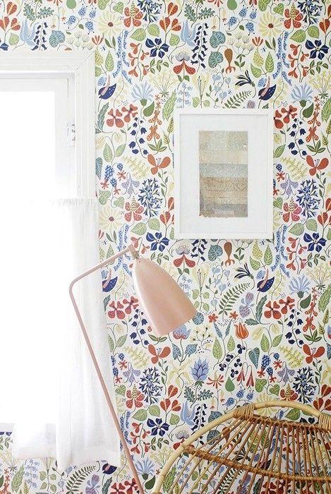 Interior Designs With William Morris Wallpaper Scandinavian Wallpaper Wallpaper Living Room Morris Wallpapers