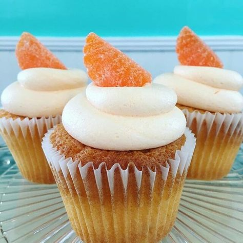 #food @luliscupcakessta  Happy national Creamsicle day! Stop in for an Orange Dreamsicle cupcake with cream filling  #creamsicle #nationalcreamsicleday #thisishowilulis #luliscupcakes #luliscupcakessta #cupcakes #cakes #foodstuff #dessert #cupcake #cake #sweettooth #sweets #confections #glutenfree #dairyfree #bakery #sta #staugustine #904 #foodporn #supportlocal #foodie #birthday #birthdays