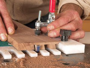 How to make dovetail joints with router table