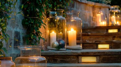 32 Outdoor Lighting Ideas Outdoor Lighting Christmas Wreaths With Lights Backyard Lighting
