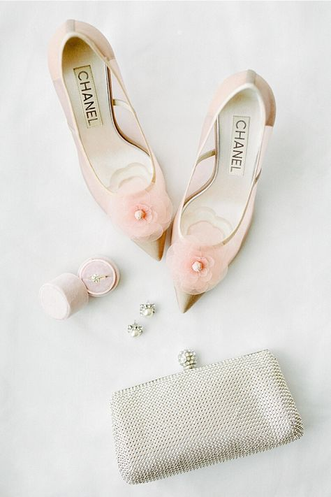 From the editorial A Classic Wedding in Neutral Pink Hues at The Admiral's House in Seattle. How pretty are these soft pink Chanel heels?! Perfect for an elegant, sophisticated style.  Photography: @amandakphotoart  #weddingshoes #weddingheels #chanelwedding #chanelheels #classicwedding