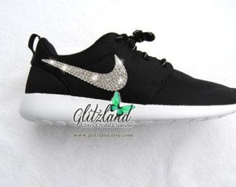 6970f4f936e45 Swarovski Nike Girls   Women Black   White Roshe Nike Roshe Run Blinged  with SWAROVSKI® Crystals