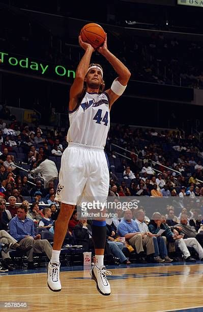 Pin By Retaw On Christian Laettner In 2020 Nba Legends Basketball Court Basketball