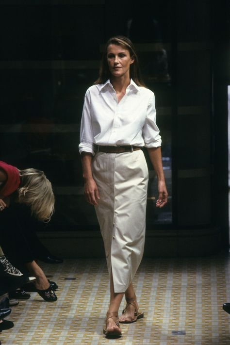 Hermès Spring 1999 Ready-to-Wear collection, runway looks, beauty, models, and reviews.