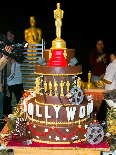 The Hollywood-themed cake that the #WPCatering pastry team created to celebrate 20 years of catering the Governors Ball!