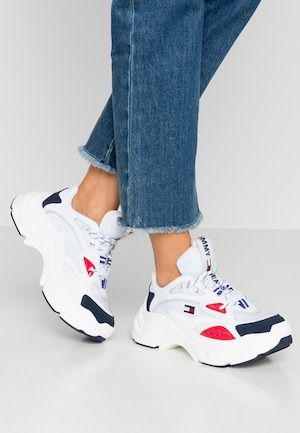 Calvin Klein Jeans Maya Trainers White Black Grey Rosso Zalando Co Uk Tommy Jeans Calvin Klein Jeans Sneakers
