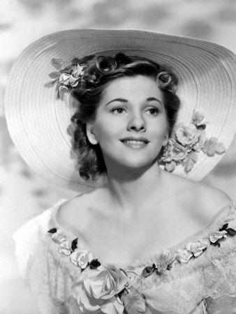 "Joan Fontaine - ""Rebecca"" (1940) - Costume designer : Irene Lentz ?"