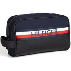 Tommy Hilfiger Bags Luggage Men 39 S Tommy Hilfiger Tommy Hilfiger Bags Luggage Men 039 S Tommy Hilfiger In 2020 Tommy Hilfiger Taschen Kunstleder Taschen