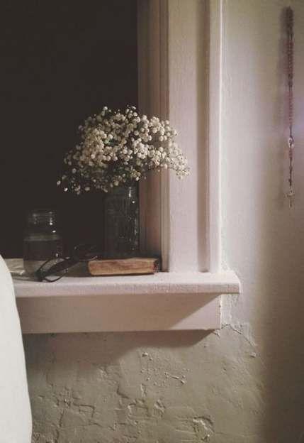 34 Ideas For Bathroom Window Dressing Mirror Bathroom Window Ledge Decor Ledge Decor Bathroom Window Dressing