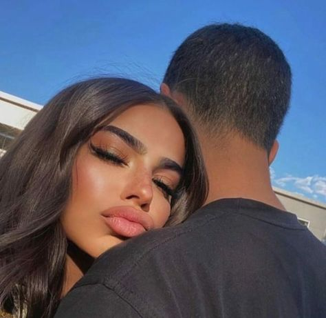 Discovered by Efelino Santana. Find images and videos about love, fashion and hair on We Heart It - the app to get lost in what you love.