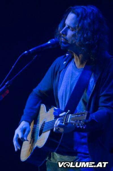 Photos From Vienna Zagreb Trieste Highertruth Chris Cornell Chris Cornell Cornell Eddie Vedder