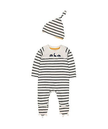 4d82528c9 Pin by Joana Silva on - BABYs - | Baby outfits newborn, Mothercare ...