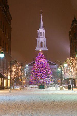 Christmas In Vermont 2019 Christmas in Burlingtonm VT  Vermont Photographer Benjamin D