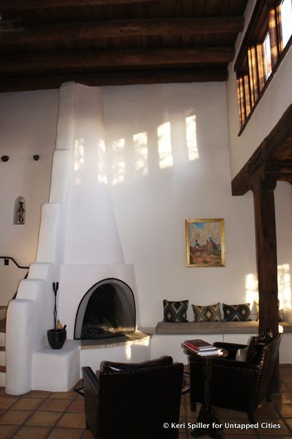 Kiva Fireplace Santa Fe Style With Images Adobe House Southwestern Home Southwest Living