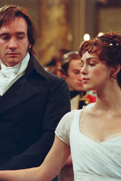 elizabeth and darcy macbeth and Online study guide for pride and prejudice: advanced  in chapter 32 elizabeth and darcy disagree as to whether the fifty miles between meryton and hunsford is an.