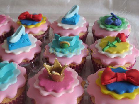 Cupcake Decorating Ideas Princess : Fondant Princess Cupcake Toppers