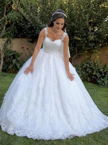 Simple Ball Gown Lace Wedding Dre's