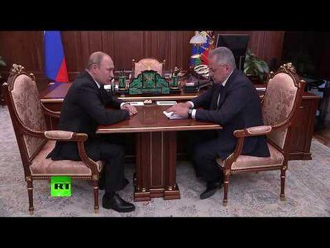 Владимир Путин проводит совещание с Сергеем Шойгу в связи с гибелью моряков-подводников - YouTube