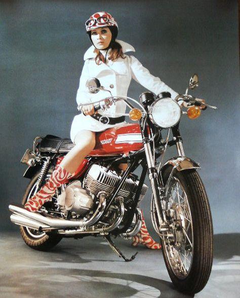 Rockabilly-roll   Motorcycle girl, Motorcycle, Biker girl