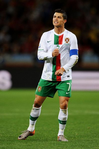 Cristiano Ronaldo Photos Photos Spain V Portugal 2010 Fifa World Cup Round Of Sixteen Cristiano Ronaldo Ronaldo Photos Ronaldo