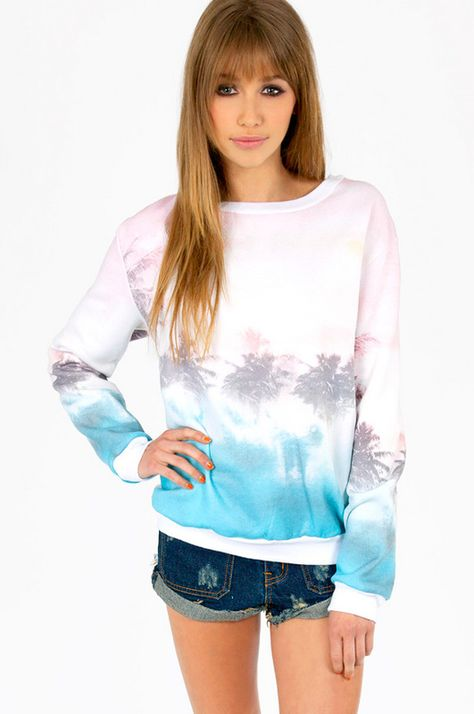 Vacay sweatshirt! #vacation #dreamy #palmtrees #sweats #jumper #casual #lounging #summer #weekend