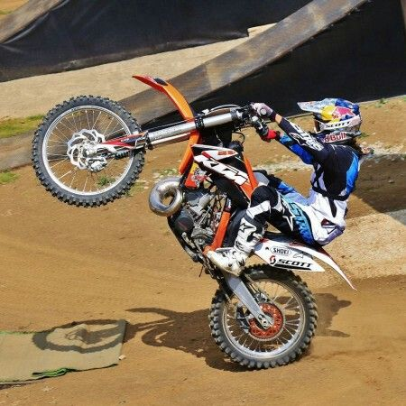 Sick Wheelie On A 4 Stroke With Images Motorcycle Mx Bikes Bike