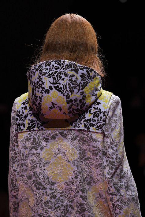 Mary Katrantzou Fall 2015 Ready-to-Wear Fashion Show Details