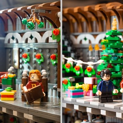 Lego Ideas Recreating A Magical Harry Potter Holiday Scene Christmas At Grimmauld Place In 2021 Lego Custom Minifigures Lego Harry Potter Christmas