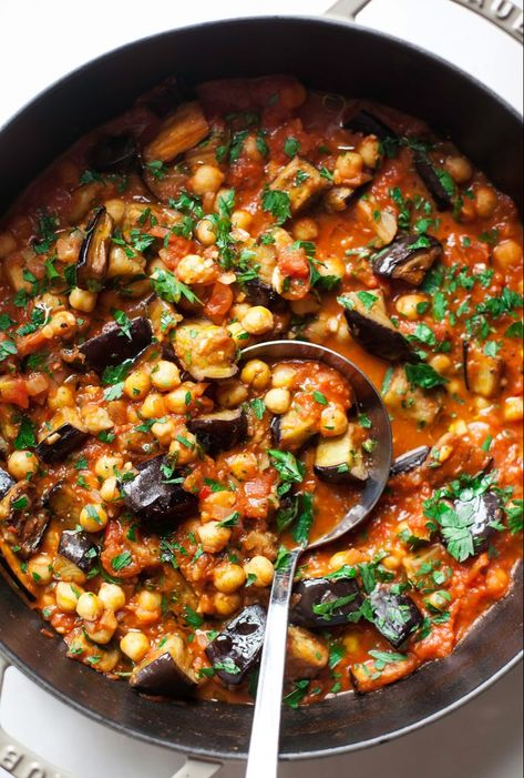 Braised harissa eggplant with chickpeas - the first mess vegetarian recipes dinner, vegan eggplant recipes Chickpea Recipes, Beef Recipes, Vegetarian Recipes, Cooking Recipes, Healthy Recipes, Healthy Eggplant Recipes, Aubergine Recipe Healthy, Recipes With Eggplant, Recipes With Chickpeas