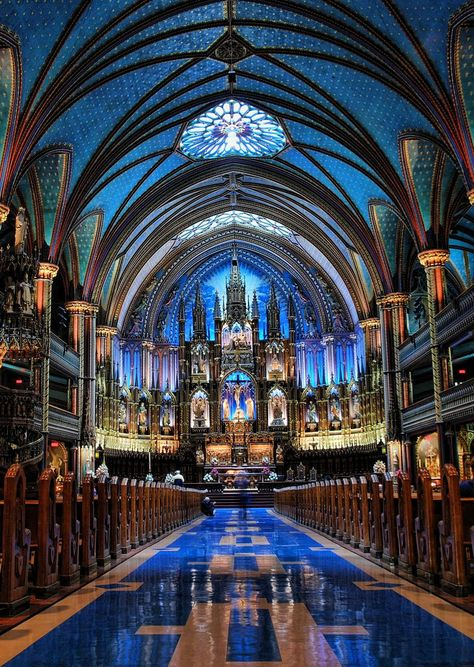 A main place to go if you are Roman Catholic or Christian you should go to the Notre Dame Basilica, Montreal Church Architecture, Beautiful Architecture, Beautiful Buildings, Beautiful Places, Revival Architecture, Montreal Ville, Notre Dame Montreal, Montreal Quebec, Quebec City